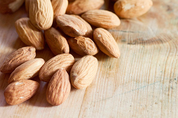 Almonds-For-Clear-Skin