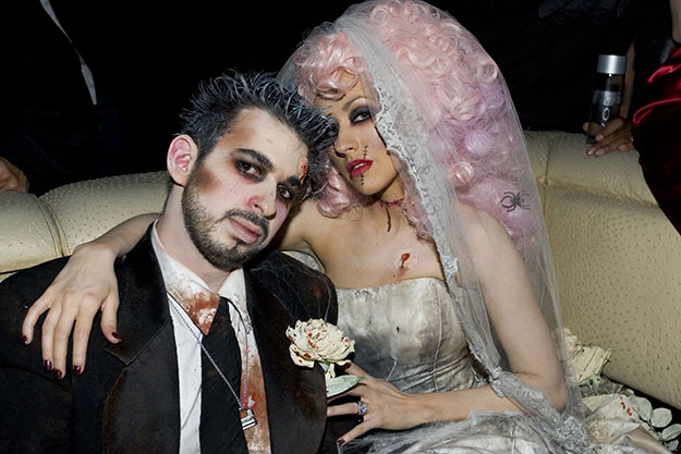 Celebrity-Couple-Halloween-Outfit