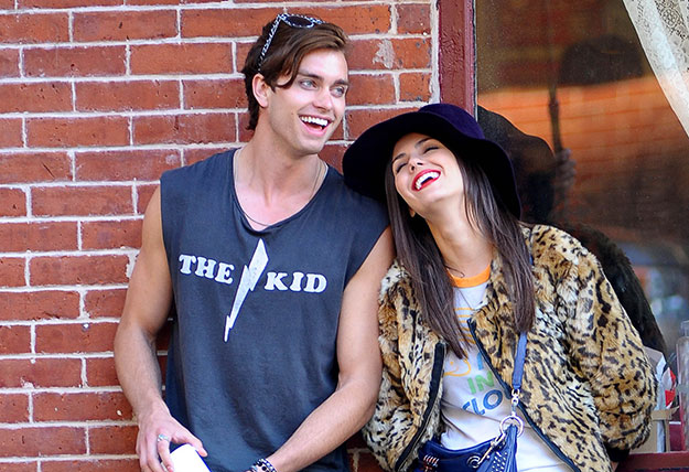 how long have victoria justice and ryan rottman been dating