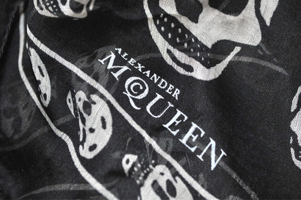 Alexander McQueen Skull Scarf Logo