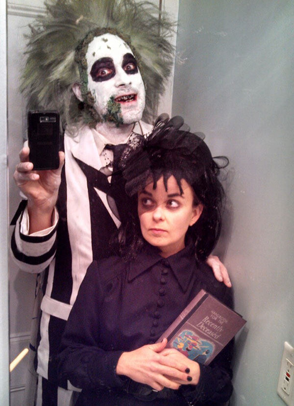 beetlejuice and lydia costume source redditcom