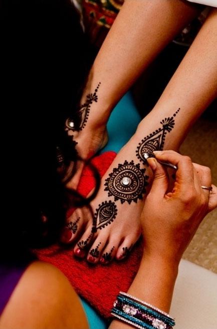 Gemstone Henna Design