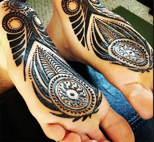 Tribal Henna Design