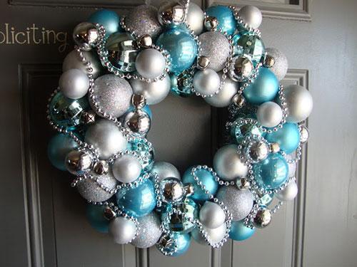 30 Wonderful DIY Christmas Wreaths | StayGlam