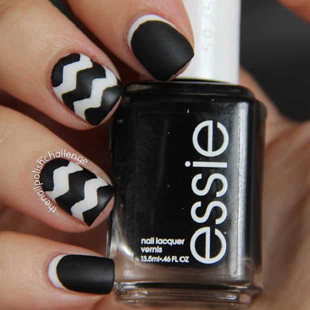 Chevron Pattern Nails