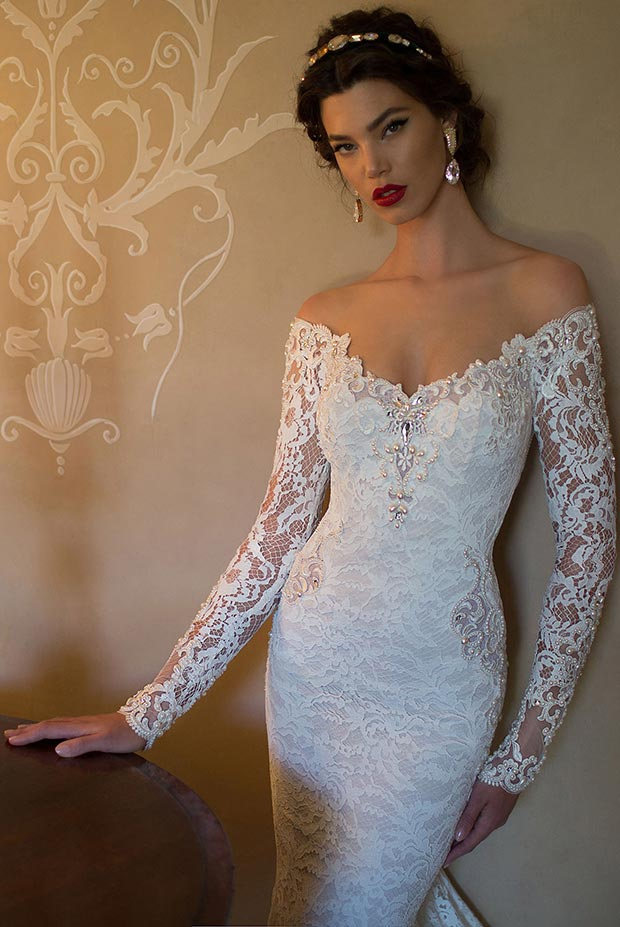 Sexy Lace Portrait Wedding Dress