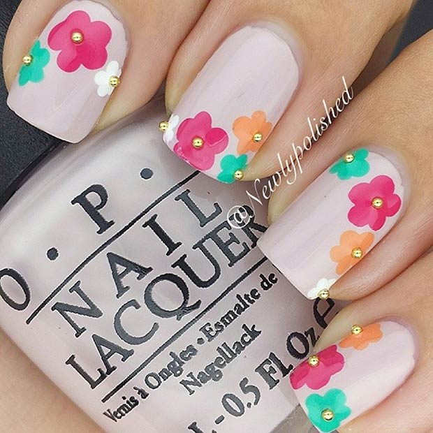 Simple Flower Nail Art Design