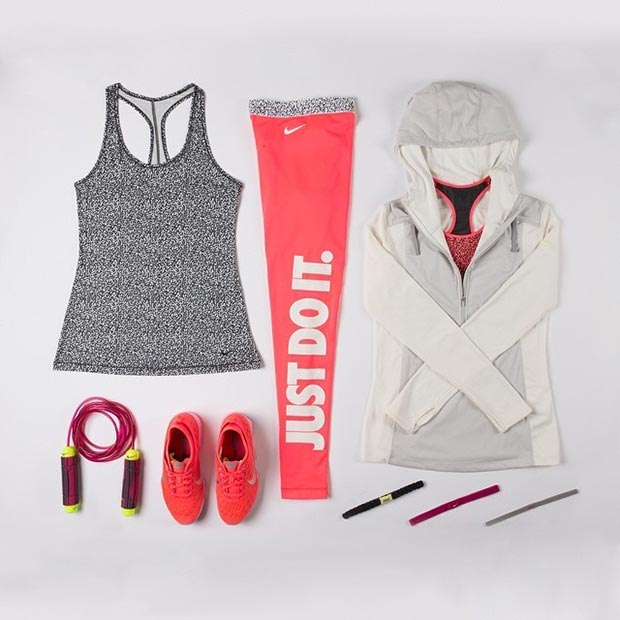 Long Sleeve Grey Pink Workout Outfit