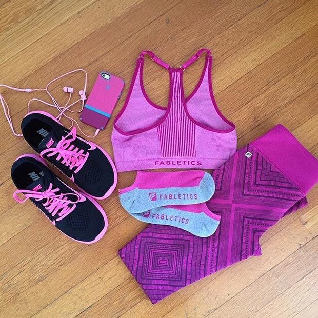 Black and Purple Workout Outfit