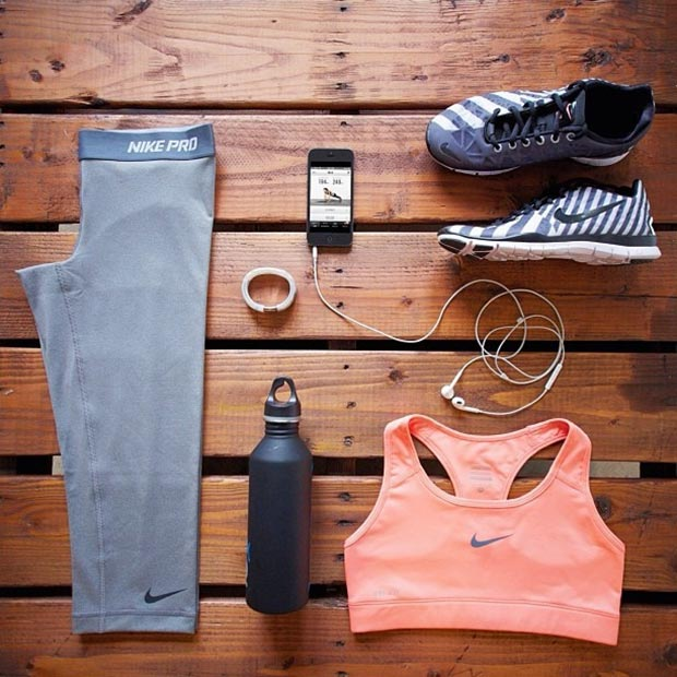 Grey and Neon Nike Workout Outfit