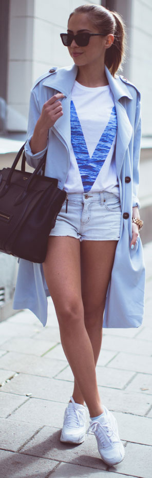 Long Trench Coat Casual Spring Outfit