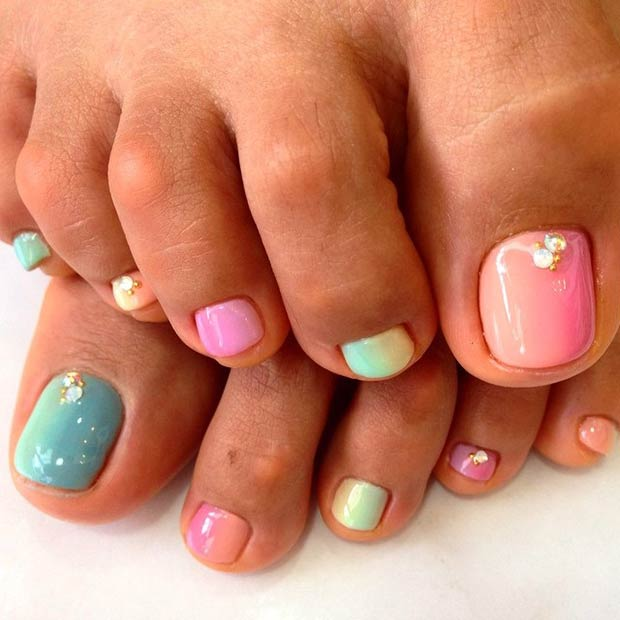 Cute Pastel Design - 31 Adorable Toe Nail Designs For This Summer StayGlam