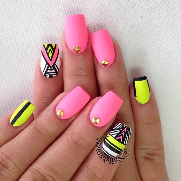 Instagram / nailsbymztina - 30 Eye-Catching Summer Nail Art Designs StayGlam