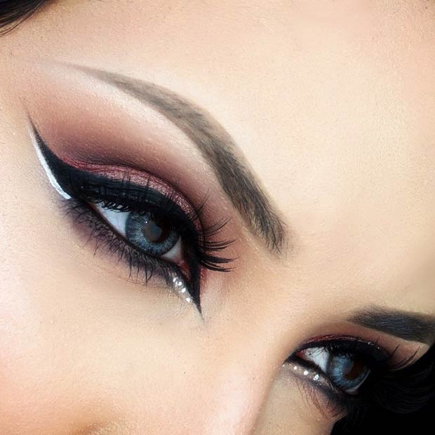 Black Eyeliner with a Pop of White