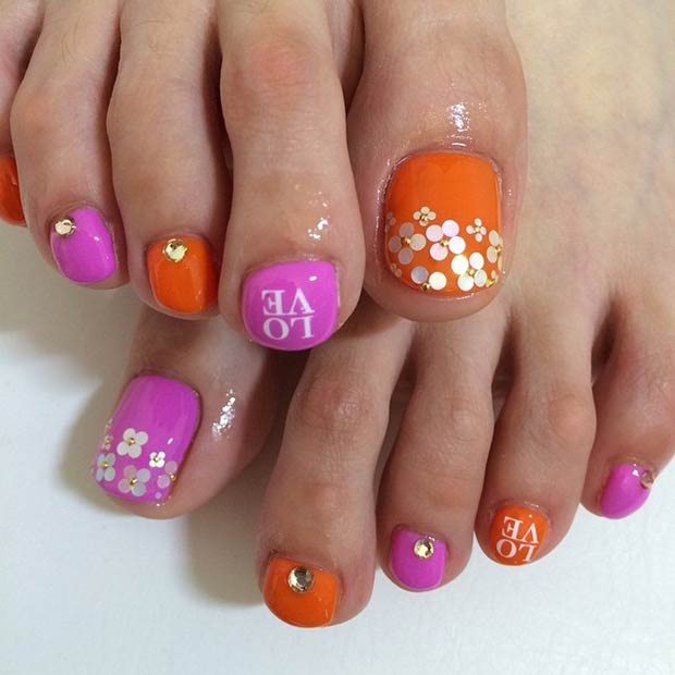 Pink and Orange Design. Instagram / nail.elf - 31 Adorable Toe Nail Designs For This Summer StayGlam