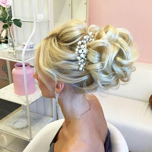 Wedding Elegant &Voluminous Bun