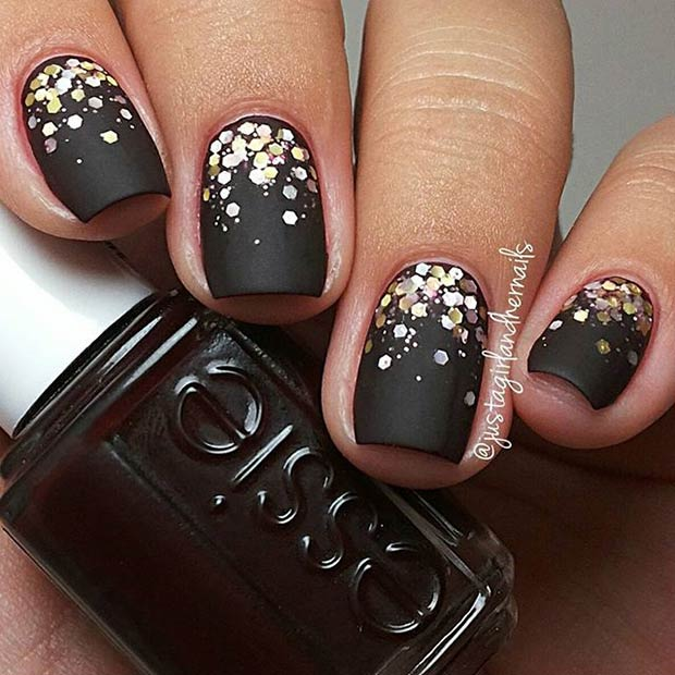 Instagram / justagirlandhernails - 25 Matte Nail Designs You'll Want To Copy This Fall StayGlam