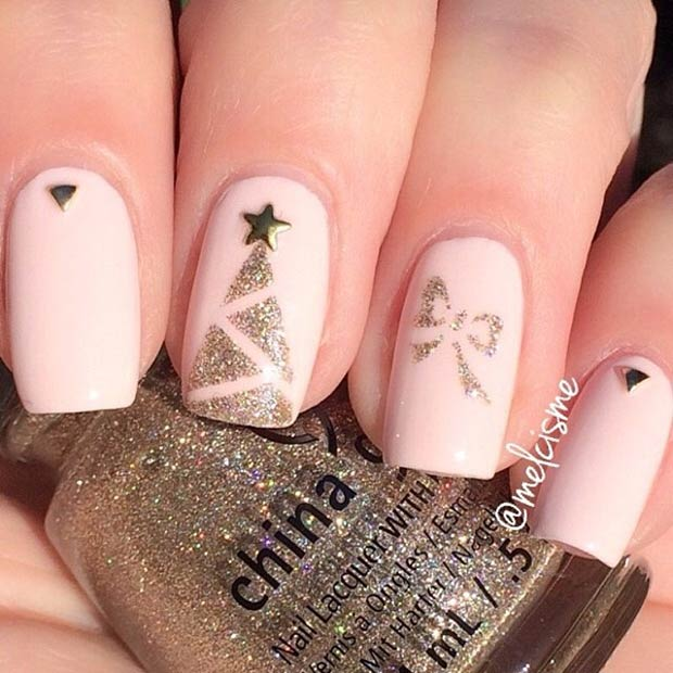 Simple & Elegant Christmas Nails