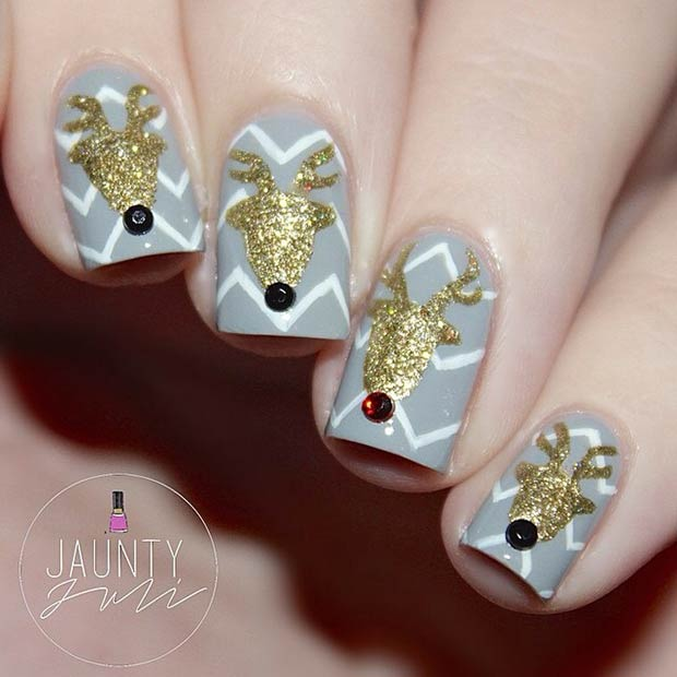 Gold Reindeer's Christmas Nail Art