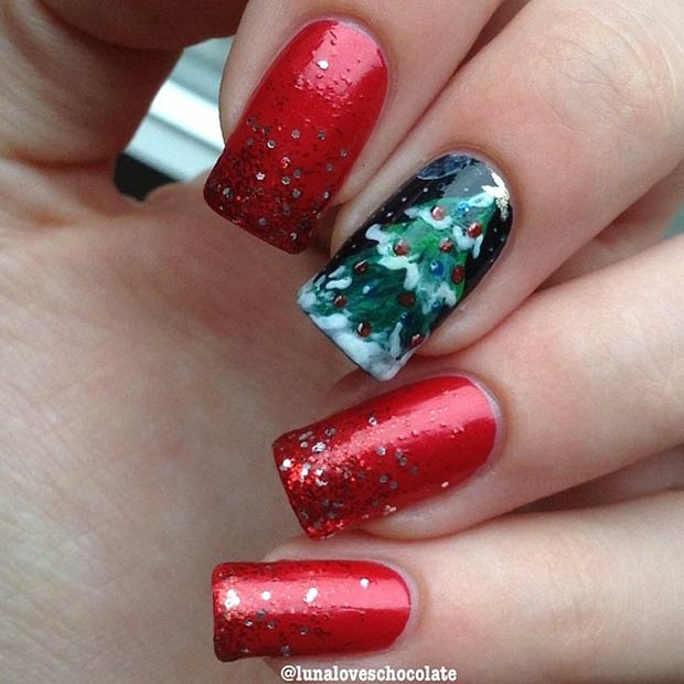 Red & Green Festive Nail Design