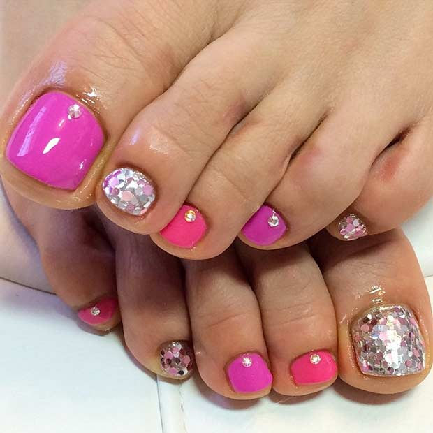 Pink Glitter Pedicure Design for Spring and Summer