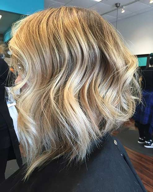 Wavy Shoulder Length Inverted Bob Haircut