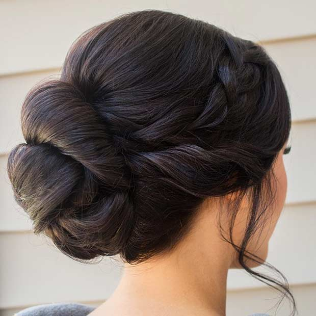 35 gorgeous updos for bridesmaids stayglam - Chignon simple mariage ...