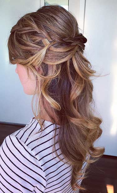 Simple Curly Half Up Hairstyle for Bridesmaids