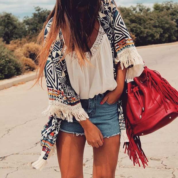 Denim Shorts Kimono Casual Outfit Idea