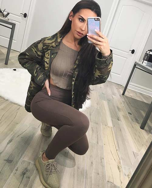 Camo Jacket and Yeezy Sneakers Casual Outfit Idea