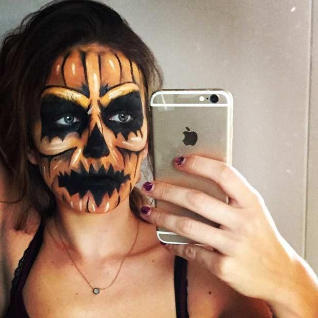 Scary Pumpkin Halloween Makeup Look