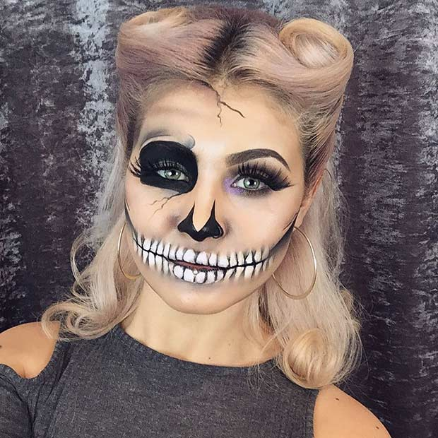 Simple Skeleton Halloween Makeup Look