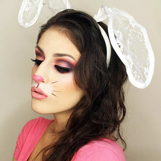 how to make your face white for halloween