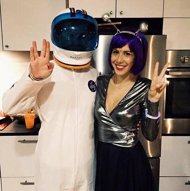 Astronaut Alien DIY Couple Halloween Costume  sc 1 st  StayGlam & 21 DIY Couples Costumes for Halloween | Page 2 of 2 | StayGlam
