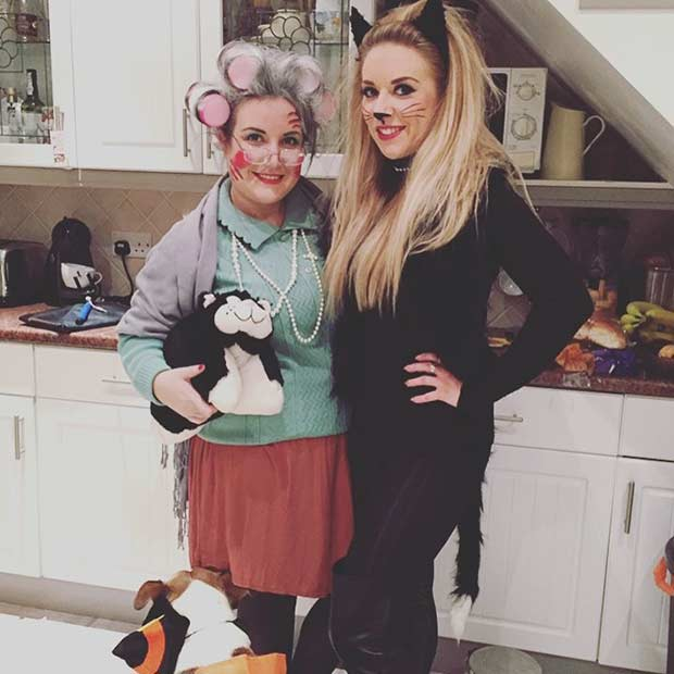 Crazy Cat Lady BFF Halloween Costume Idea  sc 1 st  StayGlam & 25 Halloween Costume Ideas for You and Your BFF | StayGlam