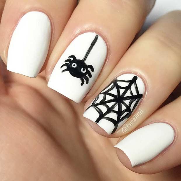 Easy Spider Halloween Nail Idea