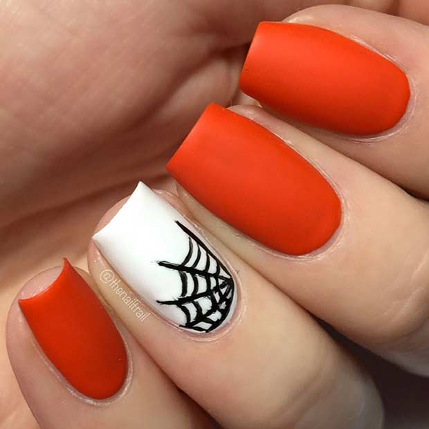 Easy Spider Web Accent Nail