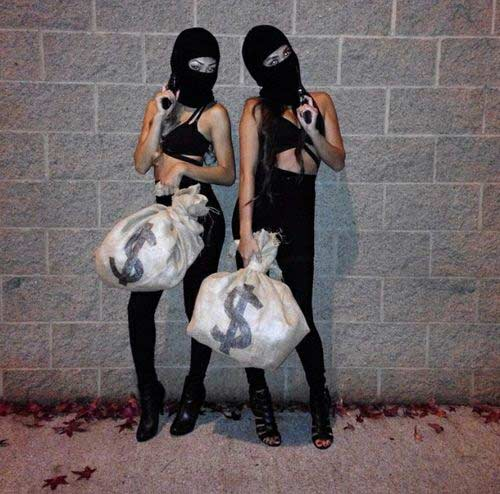 burglar costume idea for bffs