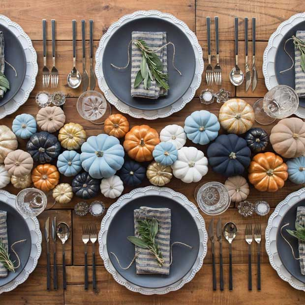 Thanksgiving Table Decoration Idea