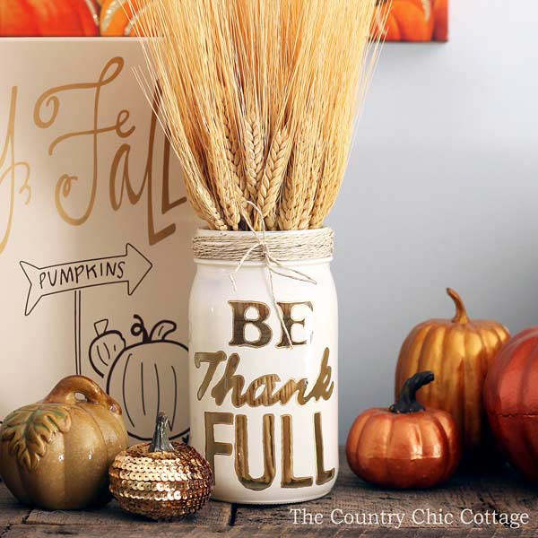 DIY Thanksgiving Mason Jar Decoration