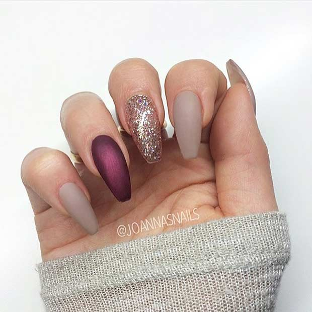 Matte Neutral and Glitter Nail Design for Coffin Nails - 25 Cool Matte Nail Designs To Copy In 2017 StayGlam