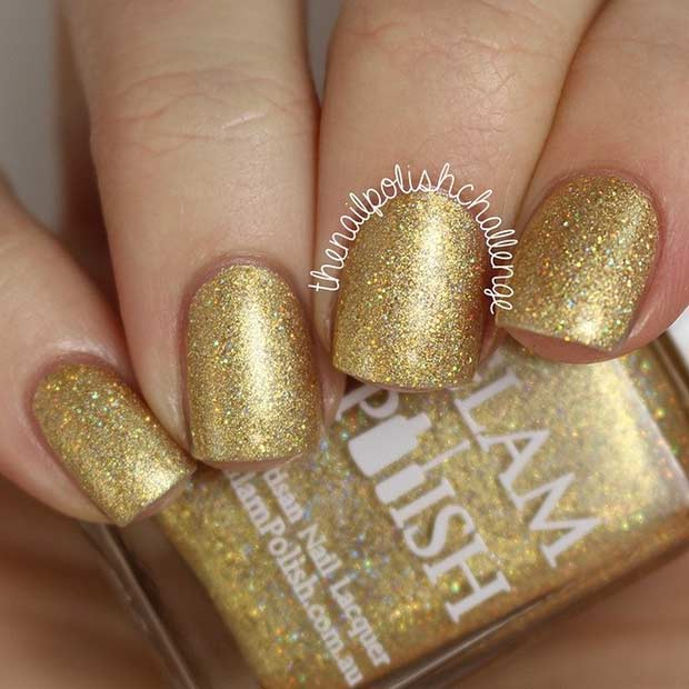 Perfect Gold Nail Polish for New Year's Eve