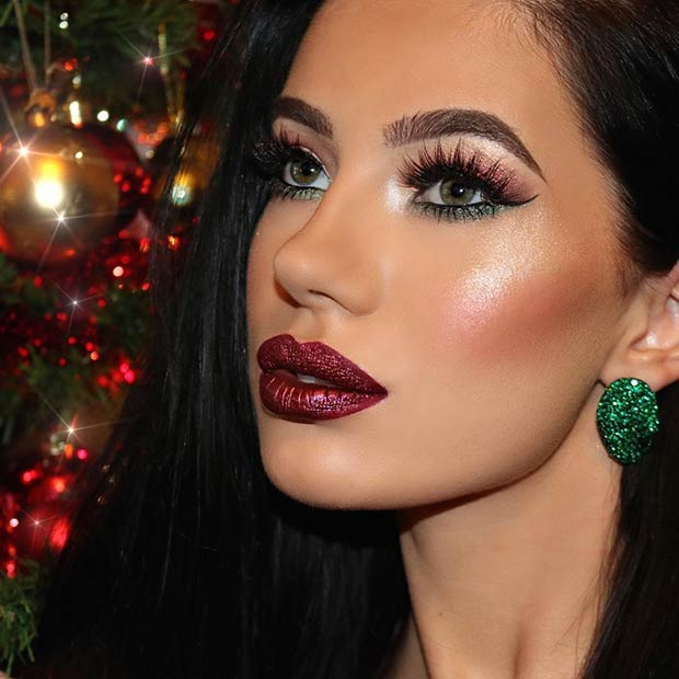 Festive Makeup Idea for Christmas