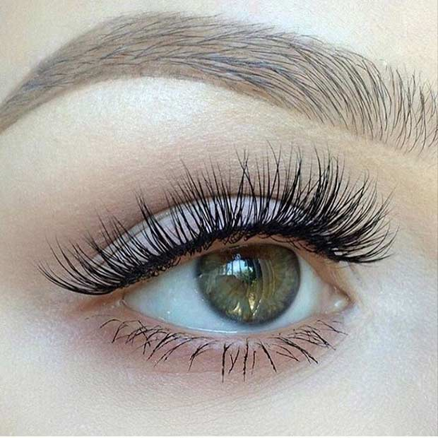 Natural Looking Makeup using Fake Eyelashes