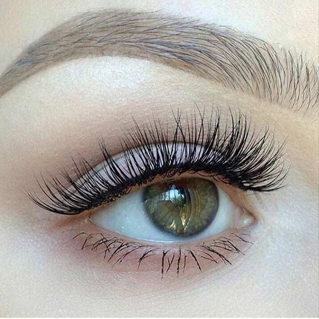 Natural Looking Makeup using Fake Eyelashes