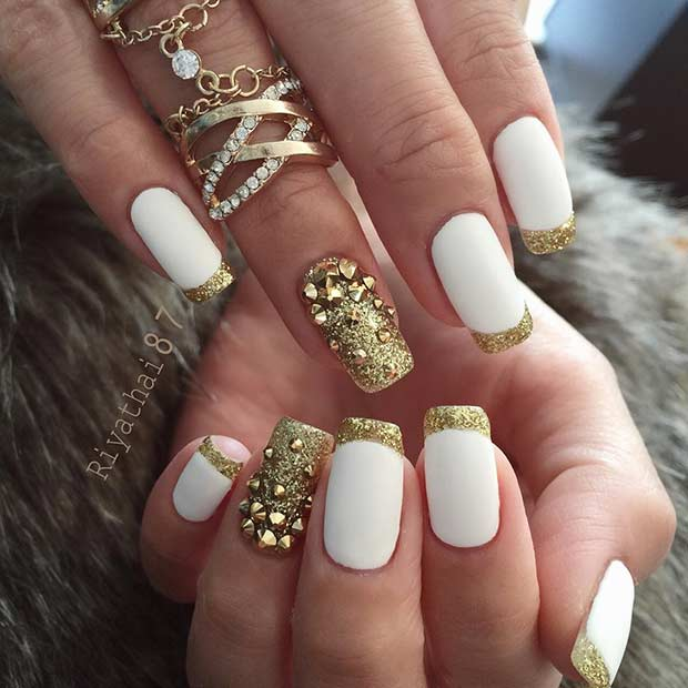 White and Gold Nail Design for New Years Eve