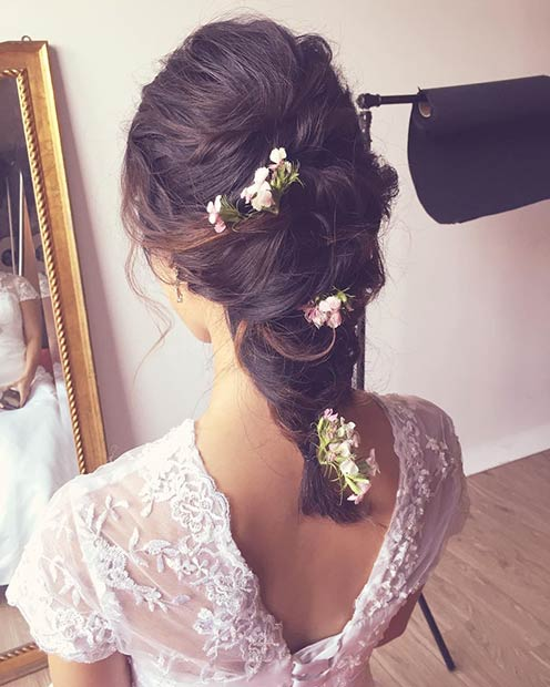Simple Romantic Wedding Hairstyle with Fresh Flowers