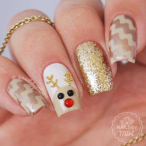 Cute Reindeer Christmas Nails