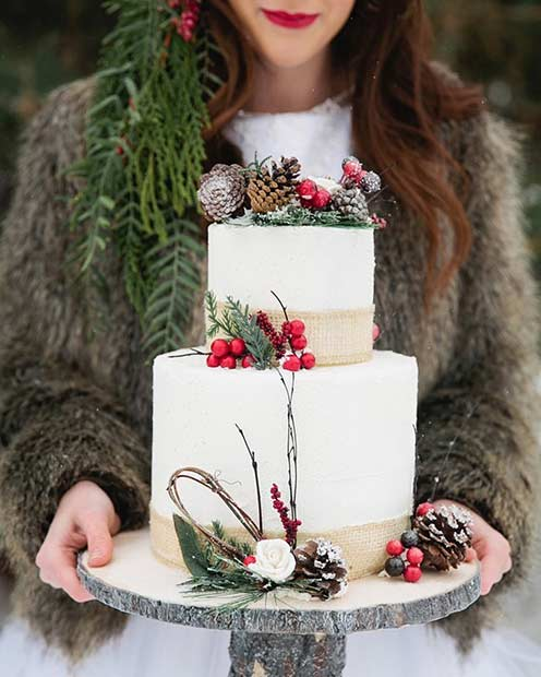 Wedding Cake with a Winter Touch