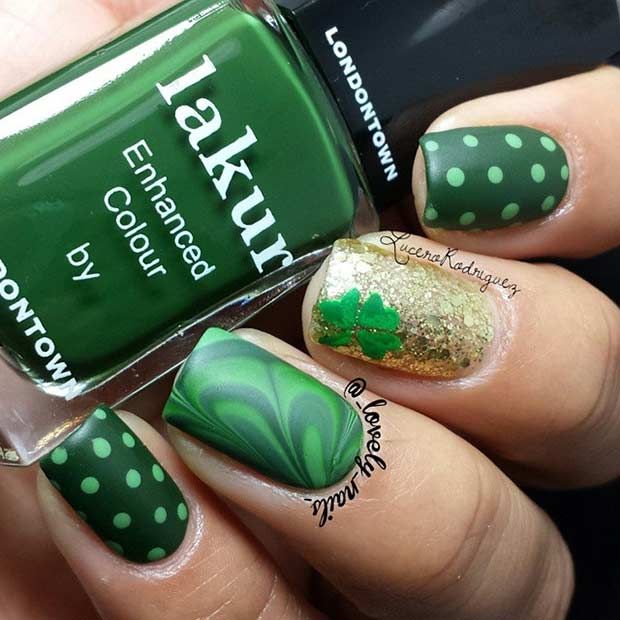 Green and Gold St Patrick's Day Nails